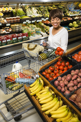 How to Reduce Food Waste and Save Money on Groceries