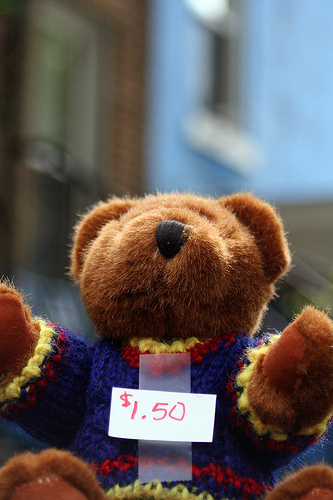 yard_sale_bear