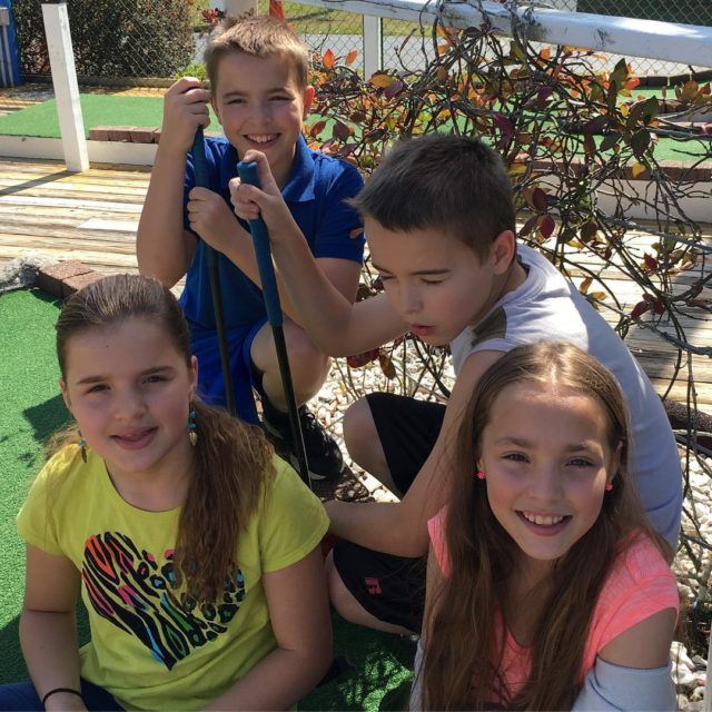 They just whipped me mini golf!! kidsdayout havingfun presidentsday