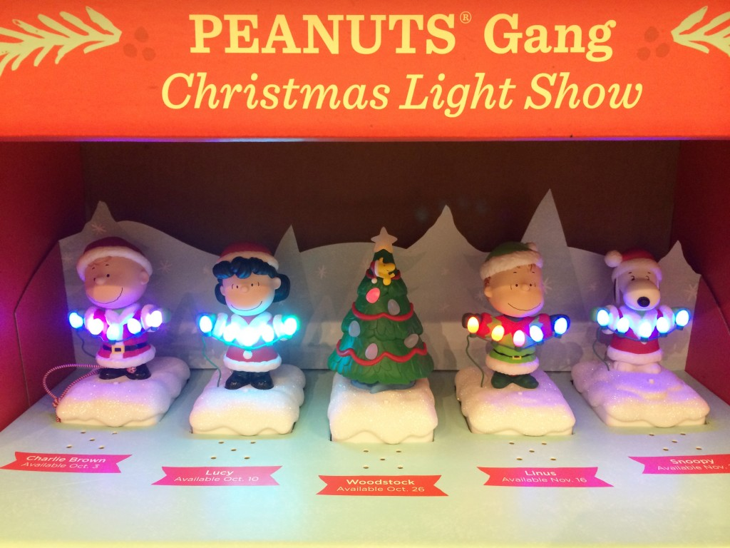 shopping for christmas ornaments at hallmark - Peanuts Christmas Decorations