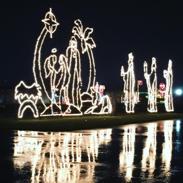 Took the kids to see The Wonderland of Lights athellip